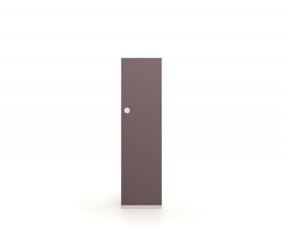 Wardrobe with hinged doors