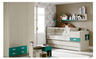 Baby's bedroom comprised by a convertible crib bi-bed