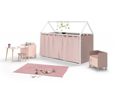 Children's bedroom set comprising a panelled house bed with curtains and desk