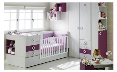 Baby's  bedroom with Elegance convertible crib